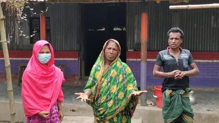 নান্দাইলে স্বামী সহ তিন সন্তানের নির্মম হত্যার পর দূর অবস্হায় বানেছার পরিবার